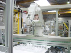 VZT400 Flexible robot packaging unit